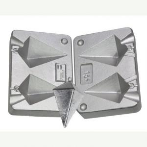 Fishing mold for 2 leads pyramid 130-180 grams N 0154